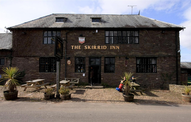 英国古老酒吧 英国酒吧 The Skirrid Inn, Abergavenny, Wales